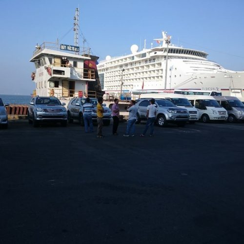 tien sa port taxi 500x500 - TRANSFER FROM TIEN SA PORT